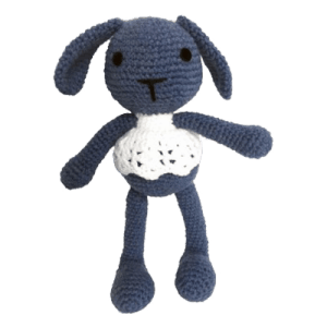 Lana este o iepurica de jucărie croșetată manual