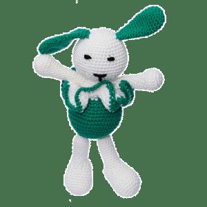 Iepurica Mara, culoare verde, este o jucărie croșetată manual.